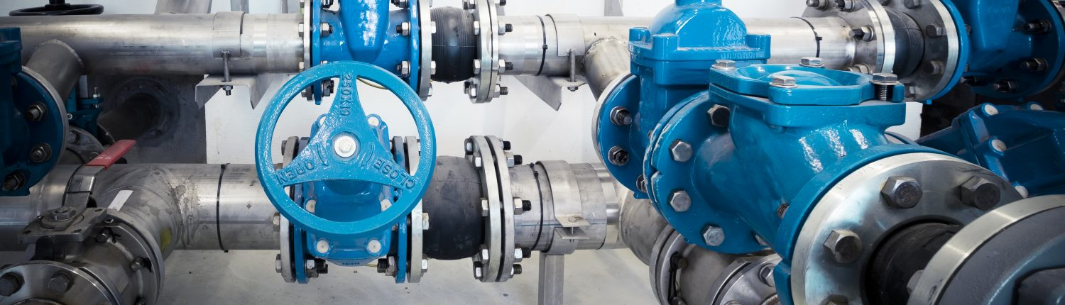 pipes and valves with metal coating