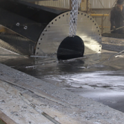 hot dip galvanizing metal in a zinc bath