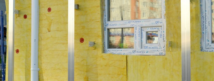 polyurethane foam under glass wool to insulate facade