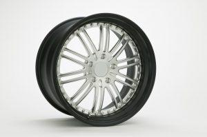 aluminium wheel treated with chromate coating for aluminium