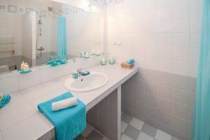 bathroom-tiles-blue-floors-coating