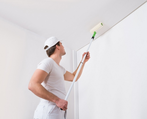 Paint a ceiling with the best ceiling paint